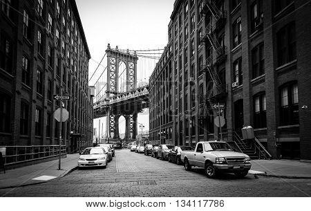 Manhattan Bridge, view from Washington street in Brooklyn, black and white, New York City, USA