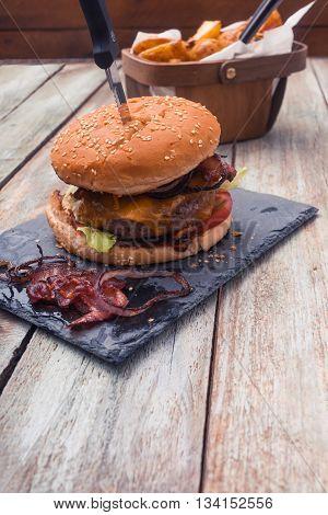 Bacon Cheese Burger And Potato Cuts