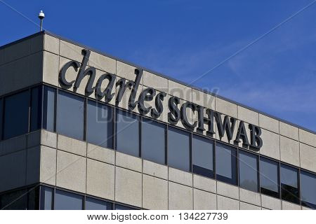 Indianapolis - Circa June 2016: Charles Schwab Consumer Location. The Charles Schwab Corporation Provides Brokerage Banking and Financial Services I