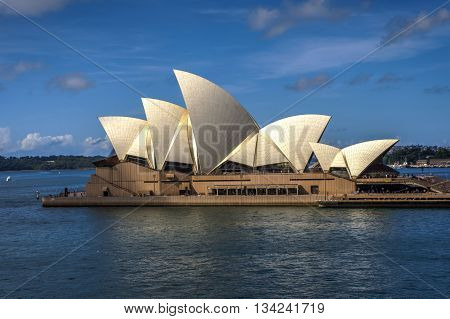 SYDNEY, ASUTRALIA - APRIL 16: View on Sydney Opera house in daylight. Opera is one of most recognizable buildings of 20th century. April 2016