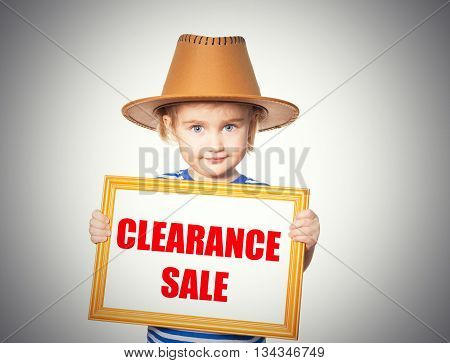 Text  Clearance Sale.
