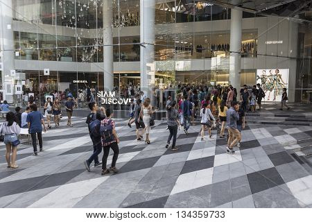 BANGKOK THAILAND - MAY 29 : people in open space at Siam discovery after renovate in siam square on may 29 2016 thailand. siam discovery is popular shopping mall in siam square