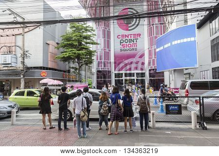 BANGKOK THAILAND - MAY 29 : people wait for walk across crosswalk opposite Digital Gateway at siam square on may 29 2016 thailand. siam square is famous shopping place of Bangkok