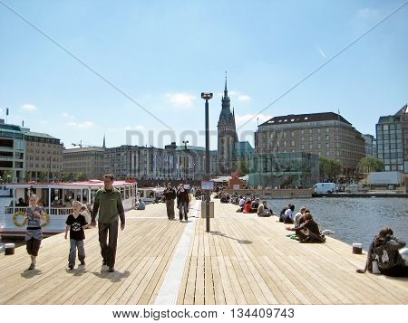 Hamburg, Binnenalster Pier