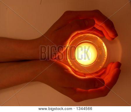 Hands_Fire_G