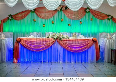 Wedding table with blue and green light