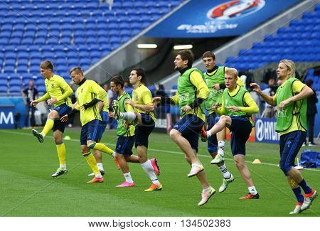 Uefa Euro 2016: Ukraine Pre-match Training In Lyon