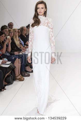 Christian Siriano For Kleinfeld - Bridal Spring/summer 2017 Runway Show