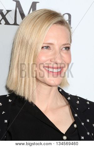 LOS ANGELES - JUN 15:  Cate Blanchett at the Women In Film 2016 Crystal and Lucy Awards at the Beverly Hilton Hotel on June 15, 2016 in Beverly Hills, CA