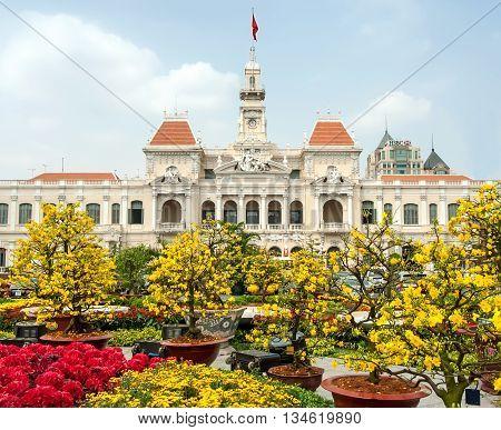 SAI GON, VIETNAM, February 10, 2015 the park flowers, their offices, the city of Sai Gon, Vietnam, Tet
