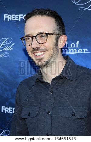 LOS ANGELES - JUN 15:  Ian Goldberg at the Pretty Little Liars Seaon 7 Premiere and Dead of Summer Premeire at the Hollywood Forever Cemetary on June 15, 2016 in Los Angeles, CA