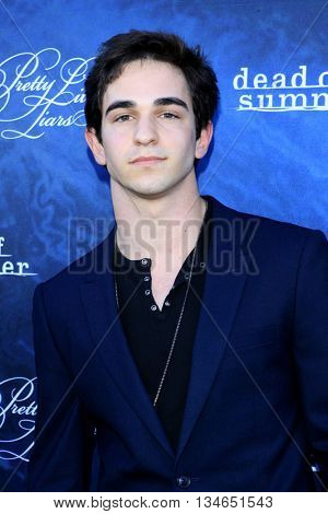 LOS ANGELES - JUN 15:  Zachary Gordon at the Pretty Little Liars Seaon 7 Premiere and Dead of Summer Premeire at the Hollywood Forever Cemetary on June 15, 2016 in Los Angeles, CA