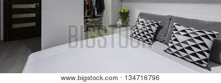 Double Bed, Panorama