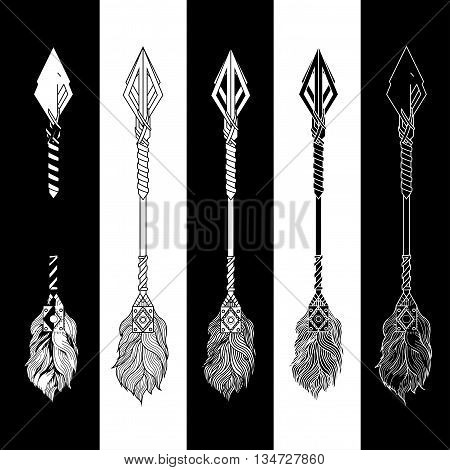 Indian arrows. arrows. Boho arrows. Fighting arrows. Vector arrows. Design arrows. Art arrows. Flat arrows. Graphic arrows. Set of arrows.