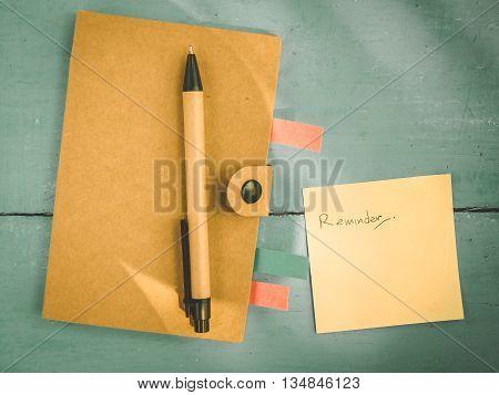 Reminder paper for business worker Vintage style