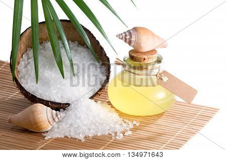Wellness tropical with coconut oil and bath salt