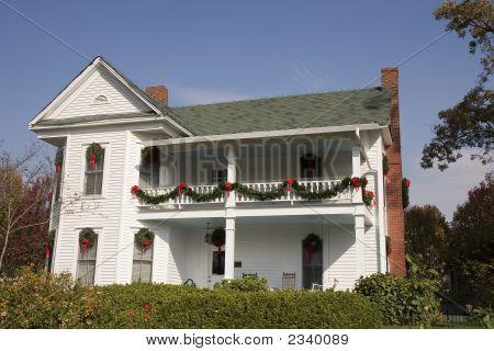 Christmas Colonial