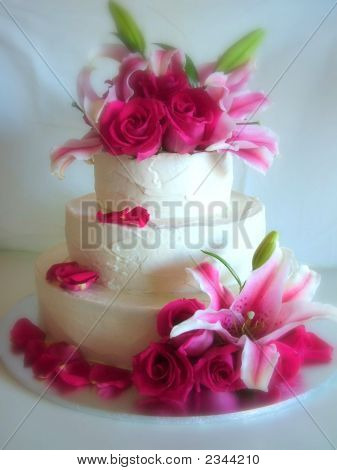 Lilies & Roses Cake