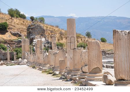 Ancient streets of Efesus