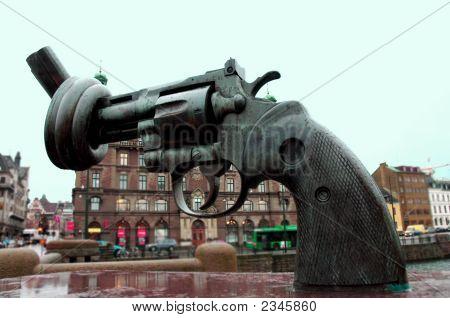 Non Violence Sculptor In Malmo Sweden Scandinavia