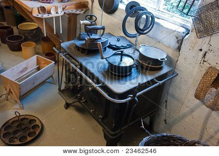 Old Vintage Iron Stove Cooker