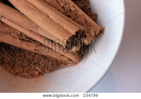 Cinnamon Sticks Ends