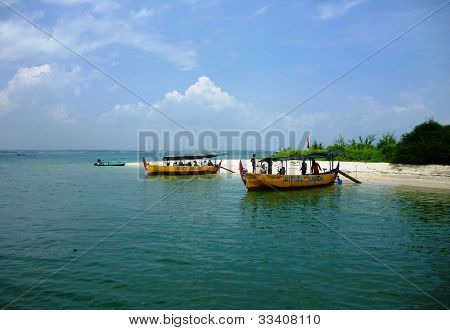two boat rests