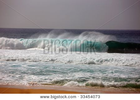 Dumping Waves, Sunset Beach, Hawaii