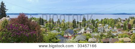 View Over Neighboorhood In West Seattle. Wa.