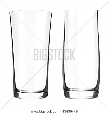 Moderno vacío gafas bebedero aislado sobre fondo blanco. Florero de cristal