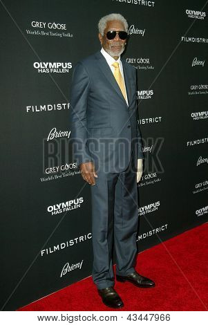 LOS ANGELES - MARCH 18: Morgan Freeman arrives at the premiere of
