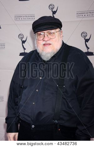 LOS ANGELES - MAR 19:  George R.R. Martin arrives at