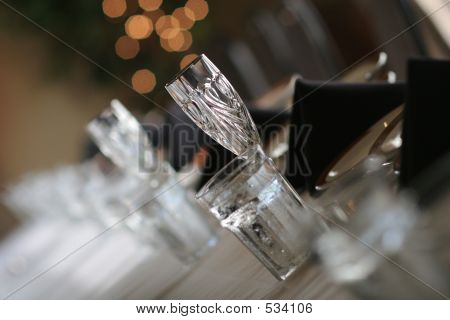 Crystal Tablesetting