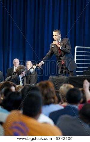 Barrack Obama Town Hall Microphone Exchange