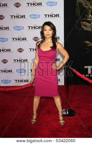 LOS ANGELES - NOV 4:  Ming-Na Wen at the Thor: The Dark World' Premiere at El Capitan Theater on November 4, 2013 in Los Angeles, CA