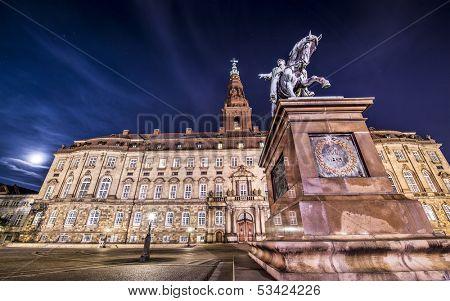 Palácio de Christiansborg, em Copenhaga, Dinamarca.