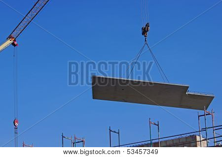 Installation of a concrete ceiling