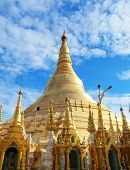pic of yangon  - The Shwedagon is The Most Important pagoda and stupa in Yangon  - JPG