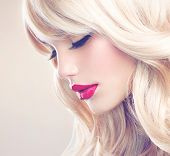 picture of wavy  - Beauty Girl with Blonde Hair - JPG