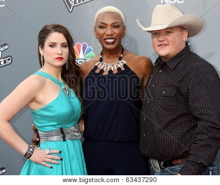 LOS ANGELES - APR 15:  Audra McLaughlin, Sisaundra Lewis, Jake Worthington at the NBC's