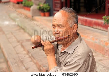 Busker in Luodai Chengdu china