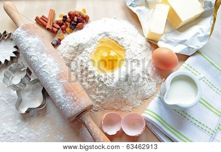 Baking cake ingredients