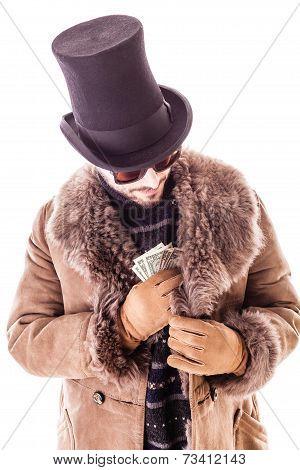 Pocketing Dollars