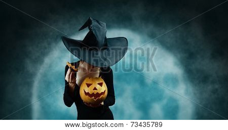 Mystery Witch Opening Halloween Carved Pumpkin