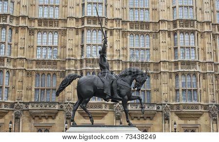 Richard I statue, London UK