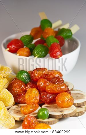 Candied exotic mixture of dried fruits
