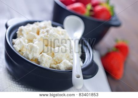 cottage cheese with strawberry