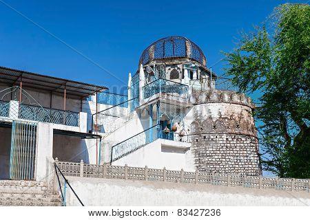 Dhai Seedi Ki Masjid