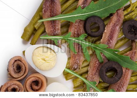 Asparagus salad with anchovies