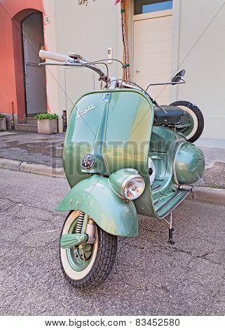 Vintage Iralian Scooter Vespa